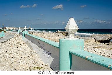 Isla Mujeres coast