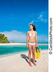 isla tropical, esnórquel, mujer, engranaje