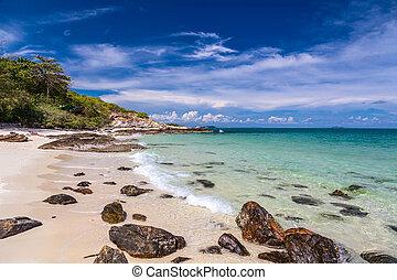 Island Koh Samet in Thailand