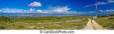 Island of Vir panoramic view