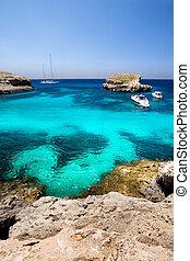 Island Paradise on Comino in malta - the blue lagoon