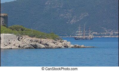 Island, Sailing ship