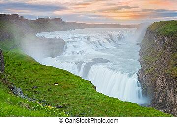 islanda, cascata, tramonto, gullfoss