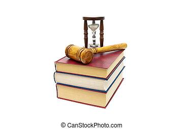 isolé, livres, fond, juge, blanc, marteau, sablier