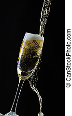 isolé, verre, éclaboussure, fond, noir, champagne