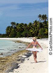 isola tropicale, giovane, abbandonato, rilassante, donna