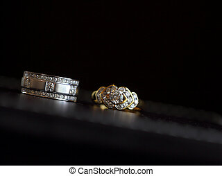 isolated couples of platinum diamond wedding rings