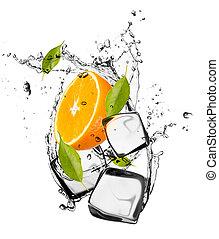 isolato, ghiaccio, sfondo arancia, cubi, bianco