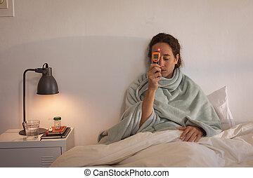 isoler, lockdown, distancing, social, caucasien femme, soi, malade, coronavirus, pendant, quarantaine