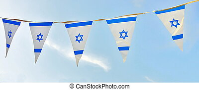 Israel Flag chain on Independence Day - Triangle Israel...