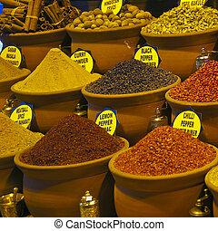 Istanbul egyptian spice market 03