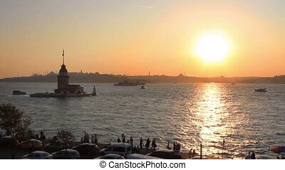 Istanbul Kiz Kulesi at early evening. Maidens Tower,...
