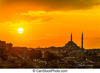 Istanbul sunset - Looking towards the mosque from the Galata...