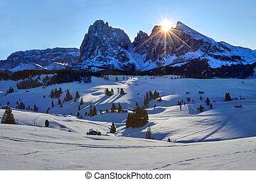 itália, inverno, di, sobre, dolomites, sassolungo, alpe, siusi, sassopiatto, amanhecer, vista