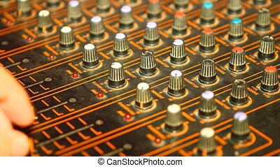 It adjusts the sound mixer, close-up HD