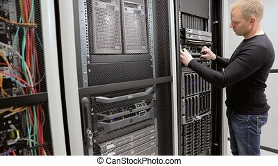 IT consultant maintain rack server in datacenter