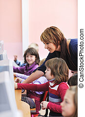 it education with children in school - it education with ...