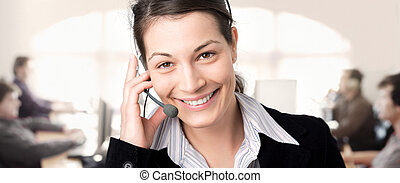 IT-support - Young female customer service representative ...