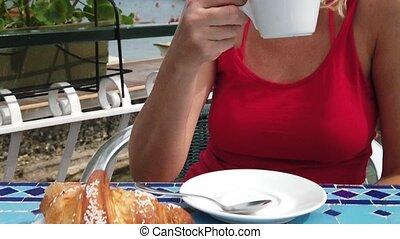 Italian breakfast cafe in Elba island - Lifestyle woman ...