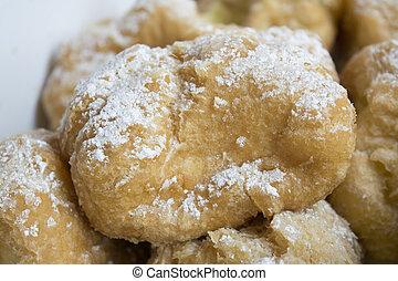 italian cream puffs with custard filling or st. joseph's day...