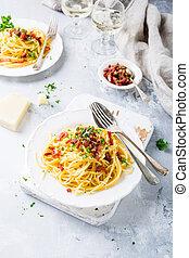 Italian pasta Carbonara - Italian pasta spaghetti Carbonara ...