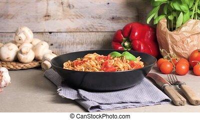 Italian Pasta with Tuna and Basil