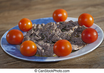 beef strips with pachino tomatoes