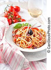 Italian vegetarian spaghetti