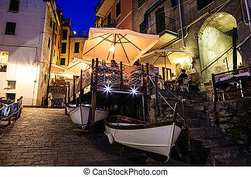 italie, éclairé, terre, cinque, riomaggiore, rue, nuit