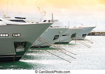 italie, spezia, la, yachts, port, rang