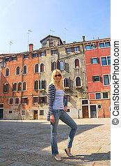 italie, venise, maisons, séduisant, fond, vieux, girl