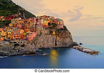italien, coucher soleil, côtier, village