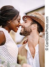 italy., 花嫁, 花婿, 肖像画, hat., 結婚式, クローズアップ, フィレンツェ, interracial, african-american, わら, コーカサス人, カップル。
