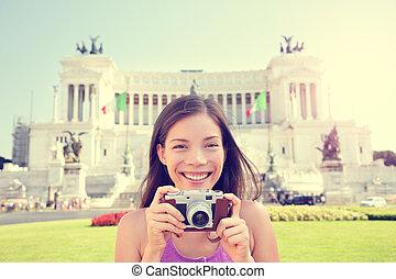 Italy travel - tourist girl taking photos in Rome - Rome ...