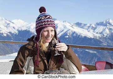 ivás, nő, vörös bor