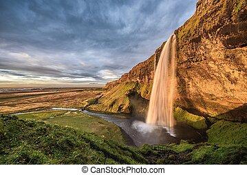 izland, vízesés, napnyugta, seljalandsfoss