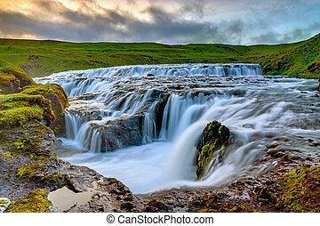 izland, vízesés, skoga