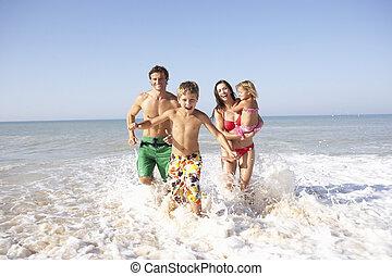 játék, tengerpart, young család