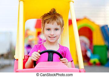 játékszer, vezetés, autó, szőke, leány, gyerekek
