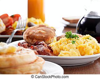 jättestor, frukost