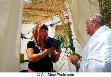 jüdischer feiertag, beten, sukkot, sukkah