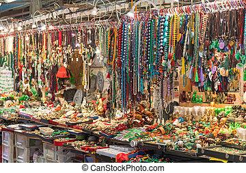 Jade Market Stall - Jewellery Bijoux at Jade Market in Hong ...
