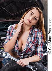 jag, kan, rikta, din, bil., attraktiv, ung kvinna, räcka...