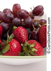 jagody, puchar, czerwony