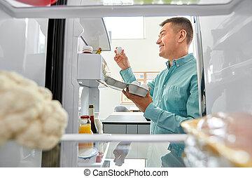 jaja, kuchnia, lodówka, człowiek, wpływy