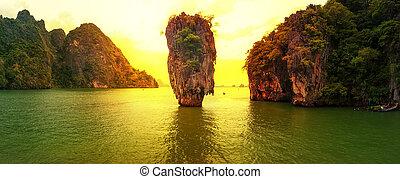 jakab, kötvény, sziget, napnyugta, körképszerű, photography., híres, utazás célállomás, khao, phing, kan, kiütés, tapu, phang, nga, öböl, andaman tenger, thailand., egzotikus, tropikus, természet parkosít, háttér