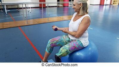 jambe, prothétique, femme, exercisme