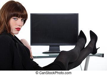 jambes, reposer, desk., femme, elle