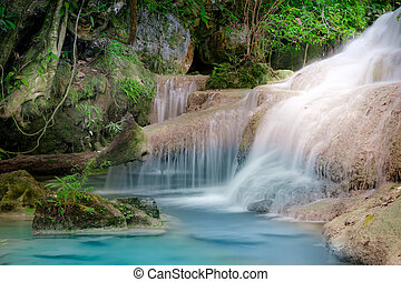 jangle, waterfall., erawan, kanchanaburi, thaiföld, táj