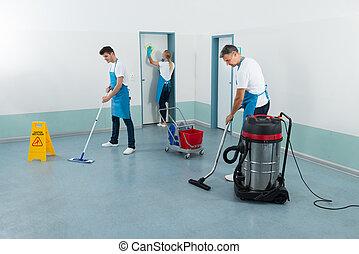 janitors, уборка, коридор